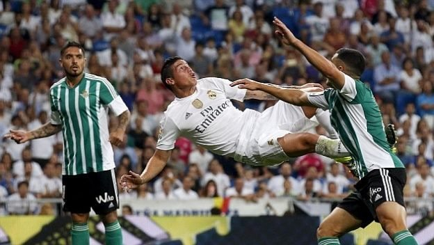 James Rodriguez gol chilena Betis Real Madrid